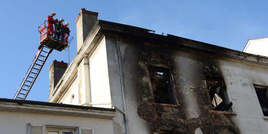 3176160_3_6bec_l-incendie-s-est-declenche-dans-un-immeuble_3bc2ed166943836635fe20131ebf42a9